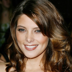 Ashley_Greene_2