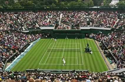Veja a grama no inicio do torneio e depois veja no fim.