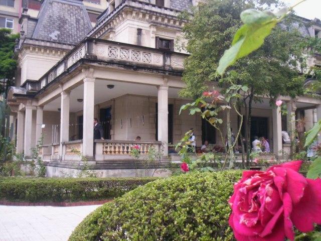 casa-das-rosas