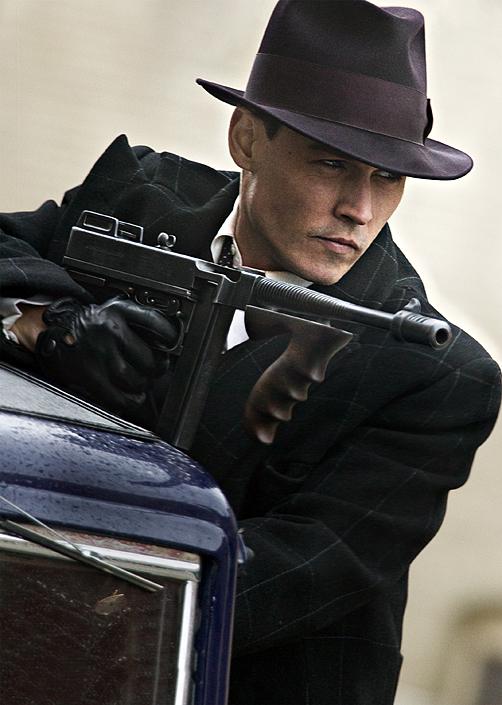 Coupes + Tommy Gun = Bons Filmes