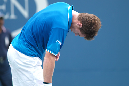 Murray cai novamente
