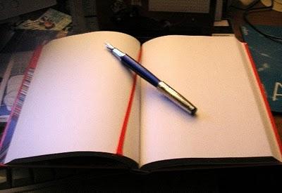 caderno página em branco