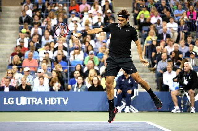 Federer sai do chão!
