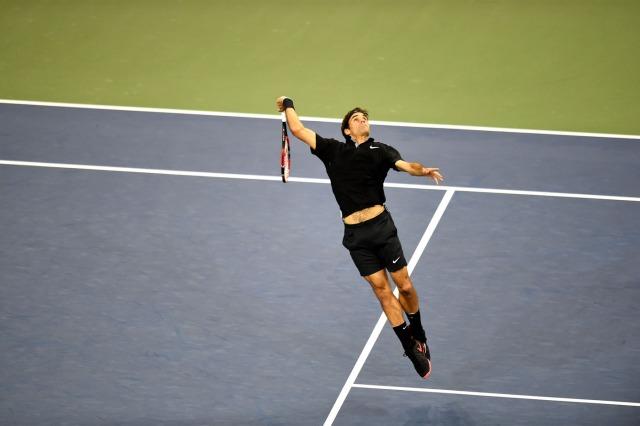 Federer indo para o Smash!
