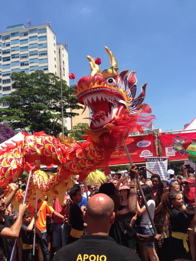 Tradicional Desfiles dos Dragões