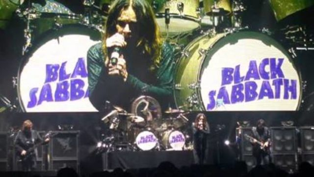 57147ad5-black-sabbath-kick-off-australian-leg-of-the-end-tour-in-perth-fan-filmed-video-posted-image